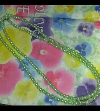美品リズリサ パール ネックレス エメラルドグリーン黄緑