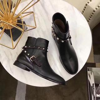 国内発送ヴァレンティノ人気ブーツ