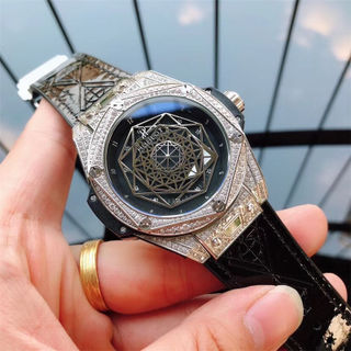 人気新品!ウブロメンズ時計機械自動巻き