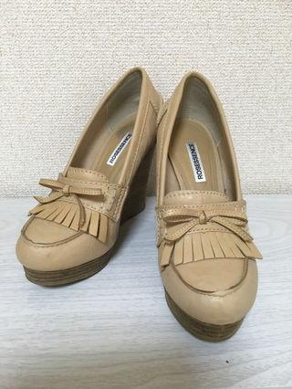R&E  靴