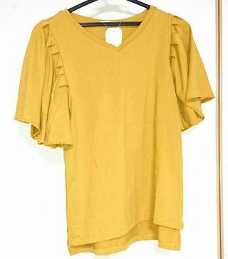 新品未使用グリーンパークス マスタードフレアスリーブTシャツ