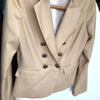 ジャニス janiss  春色 ベージュジャケット