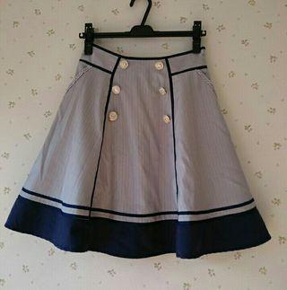 axesバイカラースカート
