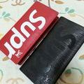 LV×Supremeブラザ長財布どれか1つ
