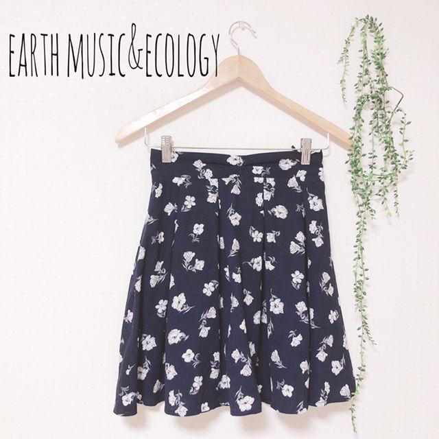 earth music 花柄スカパン