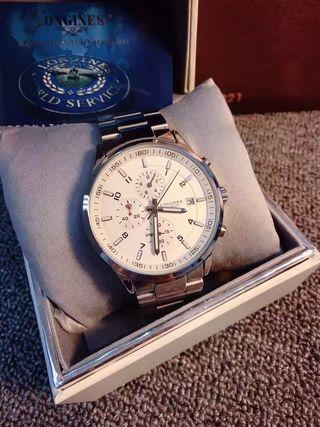 Longinesの人気腕時計 3色あり 専用箱付き