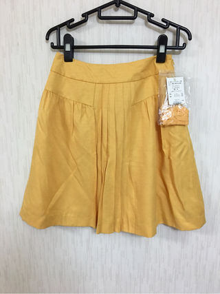 プーラフリーム イエロー黄 ベルト付きスカート S