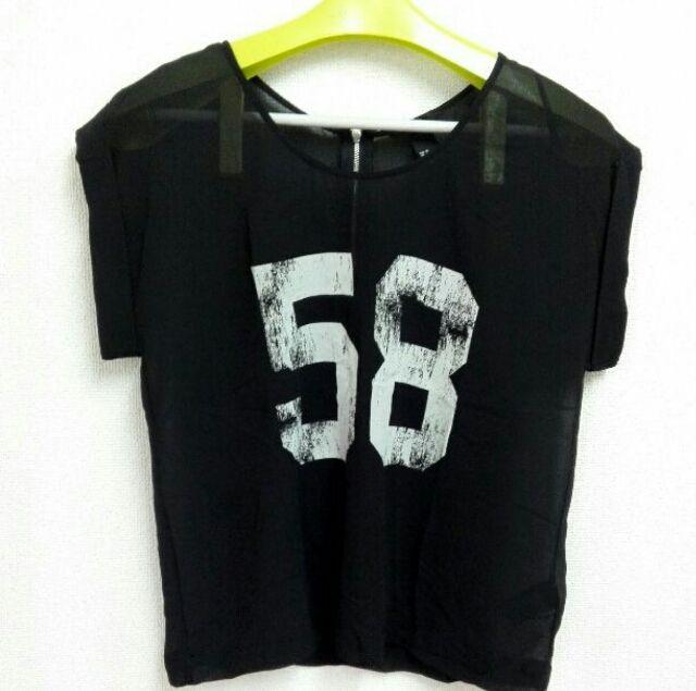 US6 H&M ノースリーブ トップス シャツ ブラック系(H&M(エイチアンドエム) ) - フリマアプリ&サイトShoppies[ショッピーズ]
