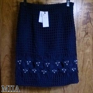 MIIAカットワークタイトスカート