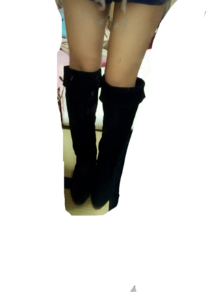 黒 ブーツ?