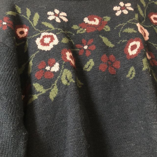 オリーブデオリーブ 花柄ニット