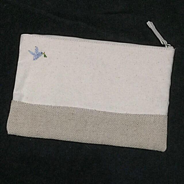 新品HOUSE OF ROSE 布製刺繍入りポーチ