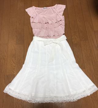 《未使用》裾レースフレアスカート ホワイト