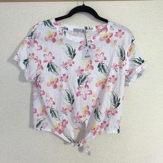 【未着用】Bershka花柄Tシャツ