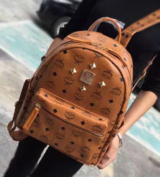 エムシ-エム新品 Mサイズ 可愛いリュックバッグ