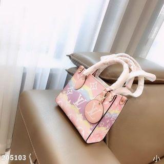 綺麗ハンドバッグ国内発送新品
