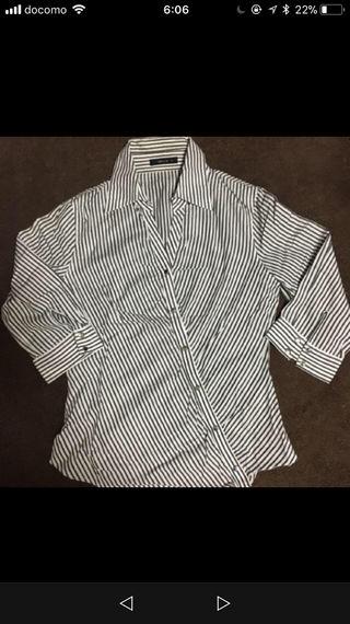 美品!コムサの変形美ラインシャツ!