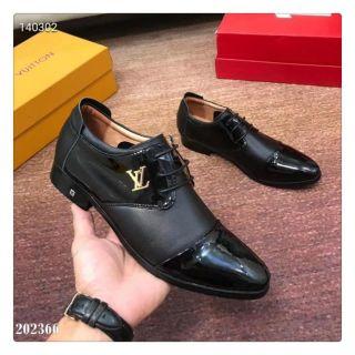 ファッション 人気カップル革靴。紳士スニーカー