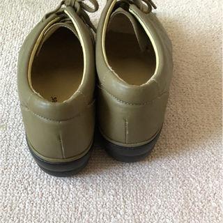 健康靴ハッシュアッシュ