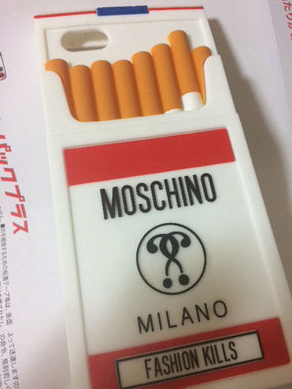 モスキーノ moscino iPhone6s タバコ