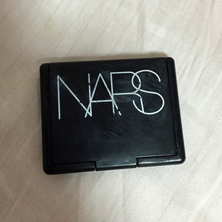 NARS ピンクチークカラー