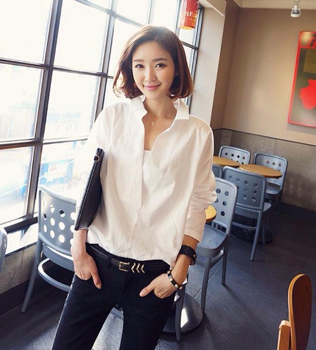 新品バック花柄刺繍レースシャツ白