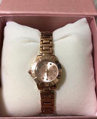 腕時計『アレッサンドラオーラ』