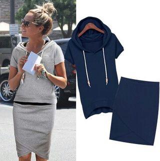 大人気 スリムフードパーカー+スカートSET ネイビー 半袖