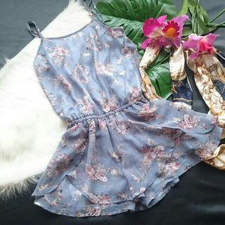 美品!ミニマム花柄×シフォンショーパンオールインワン