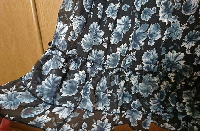 ギャラリービスコンティ花柄スカート