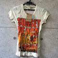 d.i.a.半袖Tシャツ