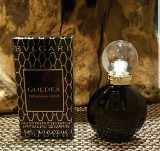 新品 『BVLGARI』  ゴルデア ローマンナイト