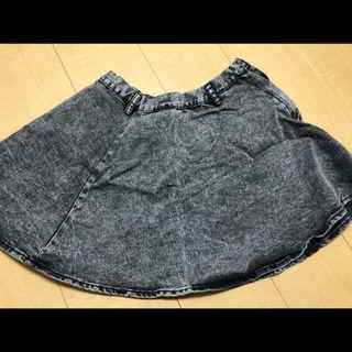 FIG&VIPER風ブラックデニム 横ボタンチャックスカート