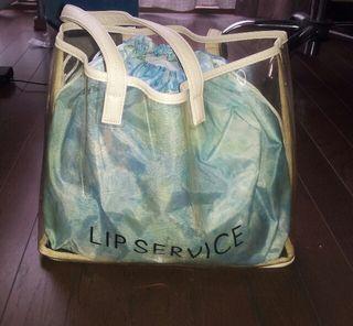 LIPSERVICEのビーチバック付き福袋計6着