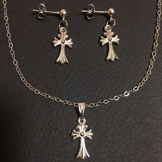 クロス 十字架 小 ネックレス ピアス 両耳ペア セット