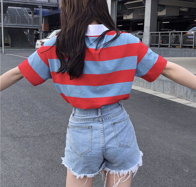 赤×水色のボーダーポロシャツ