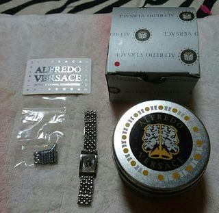 正規品 ヴェルサーチ 腕時計 レディース
