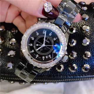 J12人気美品 男女兼用 可愛い腕時計 早い者勝ち