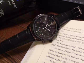 armaniメンズ腕時計44mm
