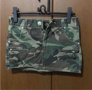 REDPEPPERのミニスカート