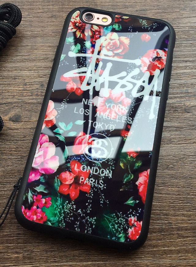 f6bba5a820 STUSSY iPhone7ケース 鏡面花柄レッド - フリマアプリ&サイトShoppies[ショッピーズ]