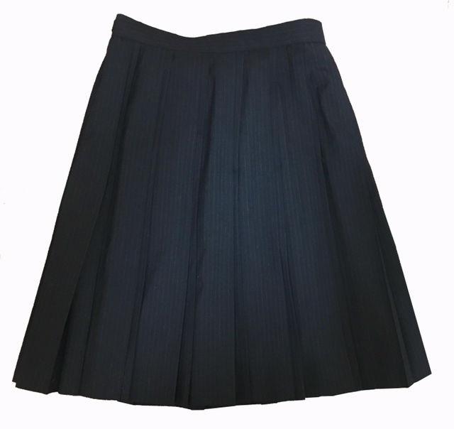 プリーツスカート   濃グレー 黒 ブラック 制服 - フリマアプリ&サイトShoppies[ショッピーズ]