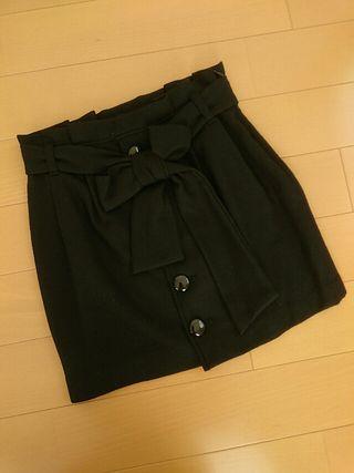 送料込セシルマクビーリボンベルト付スカート ブラック/M