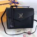 【早い者勝ち】LV新製品 ショルダーバッグ
