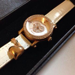 キラキラの腕時計