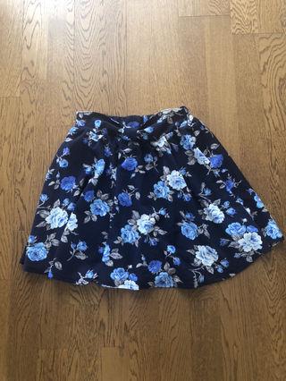 しまむら花柄スカート
