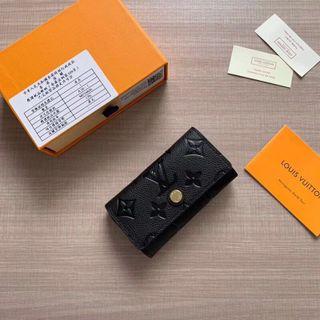 美品 高品質  可愛いキーケース 018
