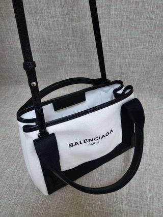 バレンシアガ定番人気 キャンバストート3色BBB-0843