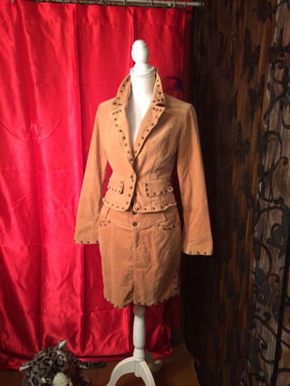 7.GALSVILLEスーツ