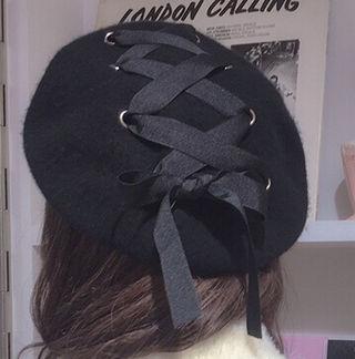 レースアップベレー帽